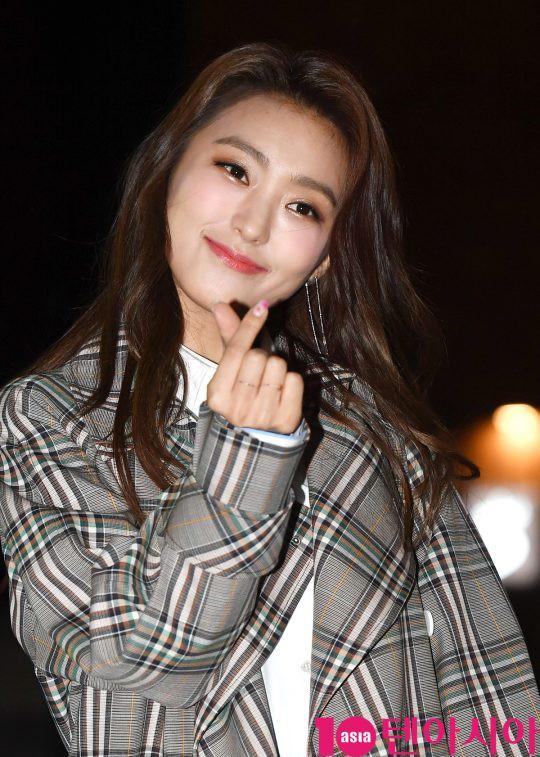 Tiệc mừng công phim Hoa du ký: Mỹ nhân Oh Yeon Seo mặt sưng vù bóng nhẫy, bị nàng cương thi dìm thậm tệ - Ảnh 15.
