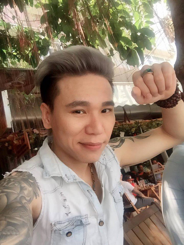 Đời tư tai tiếng của ca sỹ Châu Việt Cường trước khi bị tạm giữ điều tra: Từ nghi án hiếp dâm đến đánh người gây chấn động - Ảnh 1.
