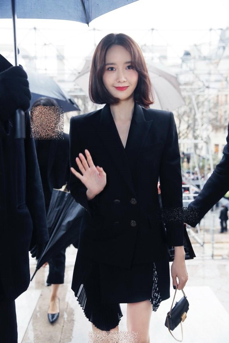 Gầy như cây sậy tại sự kiện, chị em Yoona và Minho lại làm lu mờ tất cả với khí chất ông hoàng bà hoàng - Ảnh 6.