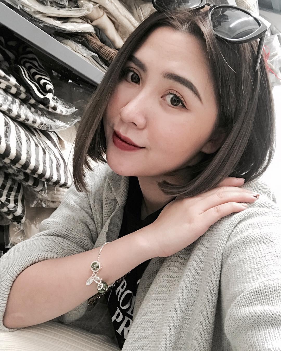 Bạn đã biết 4 cách đánh son siêu xinh đang được các hot girl Việt tích cực diện mùa xuân này chưa? - Ảnh 8.
