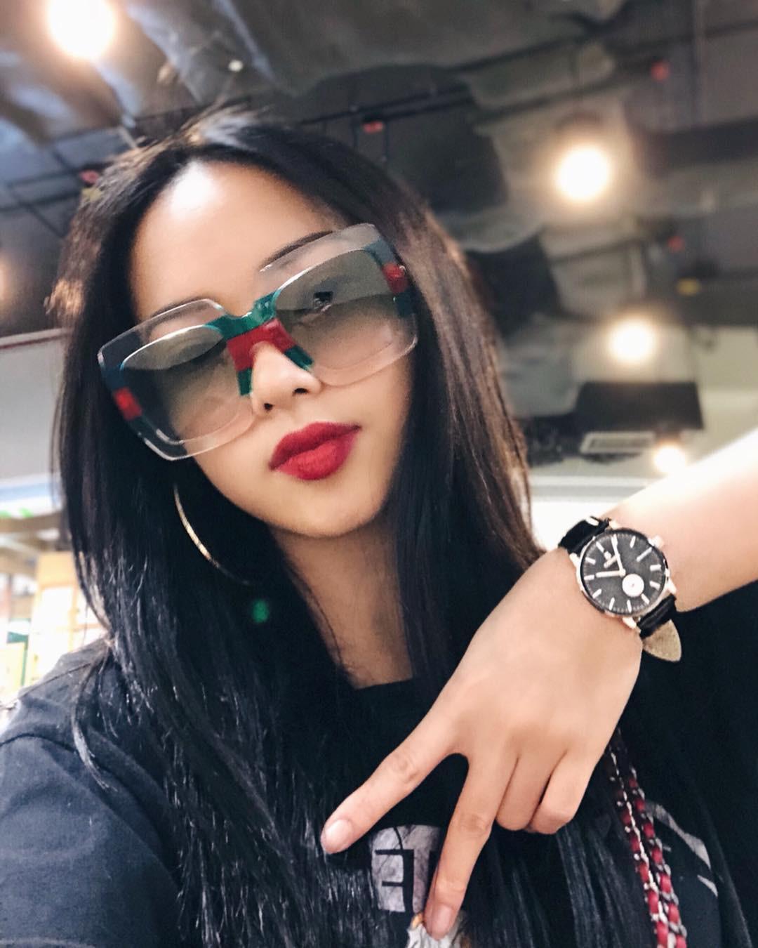 Bạn đã biết 4 cách đánh son siêu xinh đang được các hot girl Việt tích cực diện mùa xuân này chưa? - Ảnh 7.