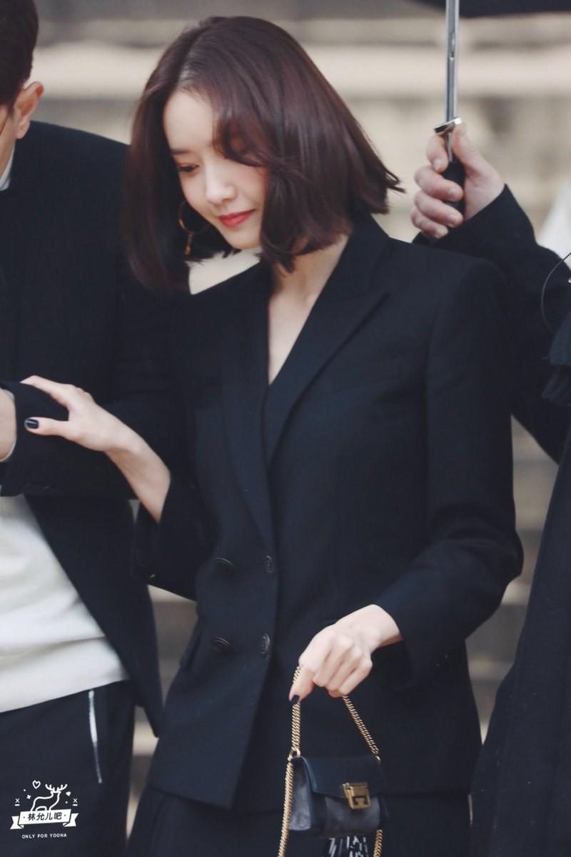 Gầy như cây sậy tại sự kiện, chị em Yoona và Minho lại làm lu mờ tất cả với khí chất ông hoàng bà hoàng - Ảnh 7.