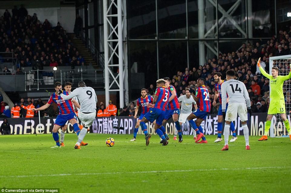 Man Utd ngược dòng nghẹt thở, đòi lại vị trí thứ hai - Ảnh 11.