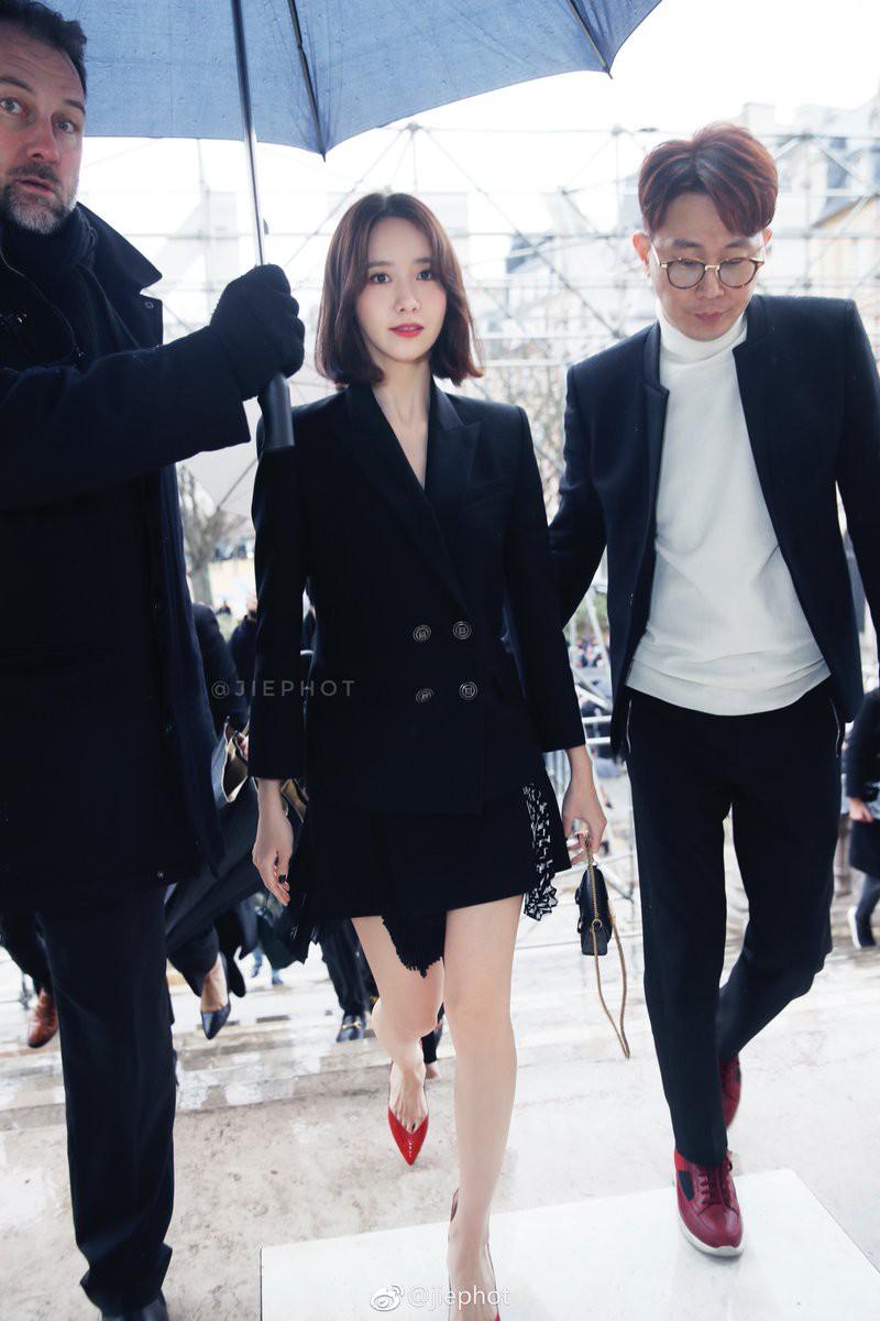 Gầy như cây sậy tại sự kiện, chị em Yoona và Minho lại làm lu mờ tất cả với khí chất ông hoàng bà hoàng - Ảnh 5.