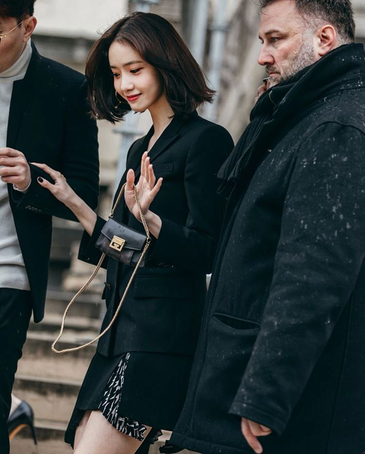 Gầy như cây sậy tại sự kiện, chị em Yoona và Minho lại làm lu mờ tất cả với khí chất ông hoàng bà hoàng - Ảnh 3.