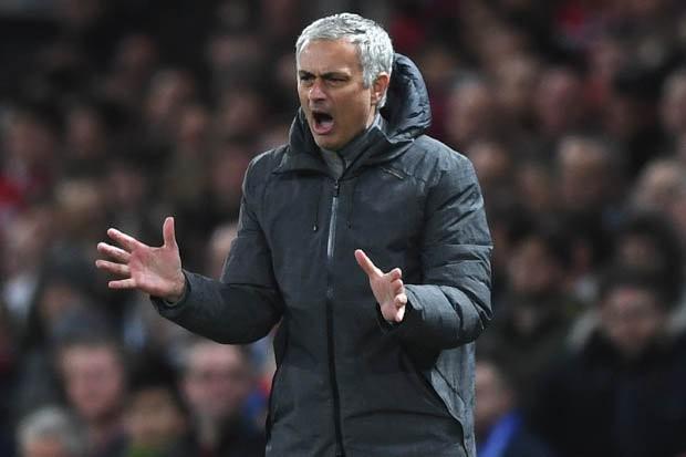 Mourinho thừa nhận đã nói những thứ kinh khủng để giúp M.U ngược dòng - Ảnh 2.