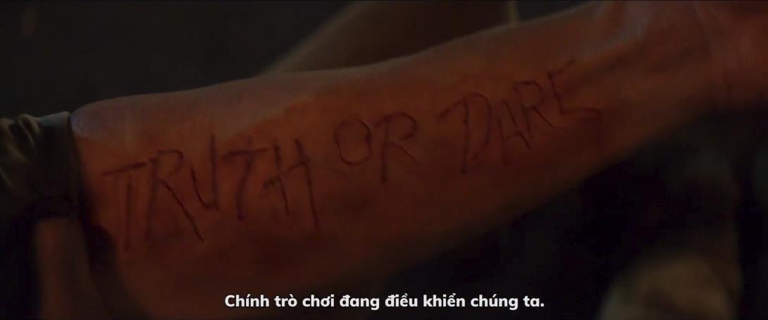 Truth or Dare tung trailer không dành cho người yếu bóng vía - Ảnh 2.