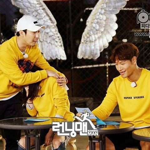 Những khoảnh khắc ngọt ngào của Song Ji Hyo và các thành viên Running Man - Ảnh 16.