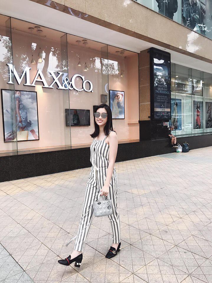 Hè chưa về mà các sao Việt đã lên đồ street style tưng bừng với sắc màu rực rỡ - Ảnh 9.