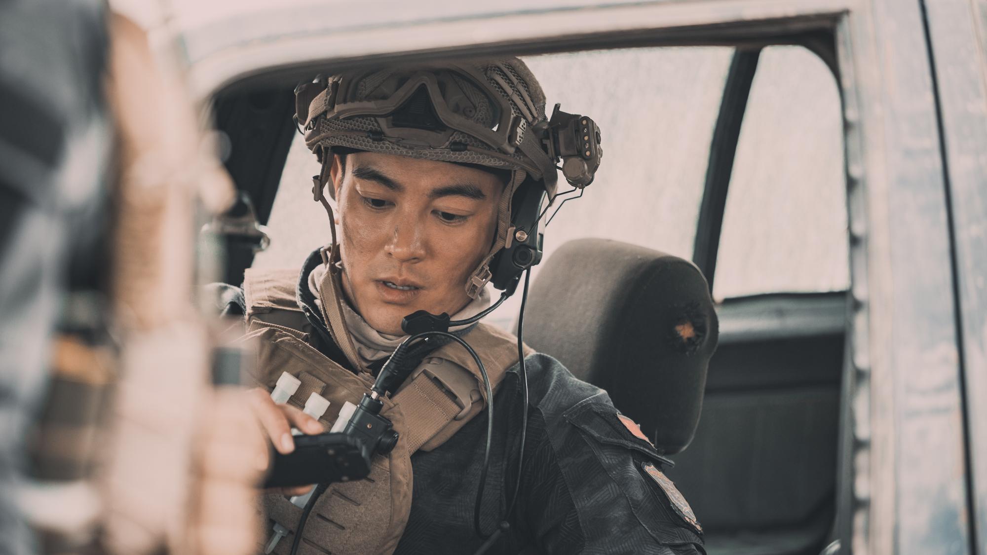 Cố Hải Hoàng Cảnh Du tái xuất uy dũng trong trailer Điệp Vụ Biển Đỏ - Ảnh 7.