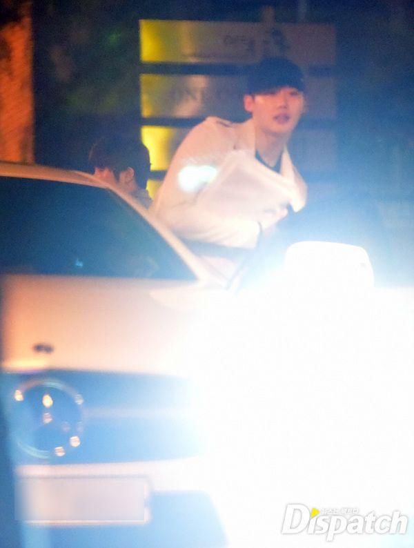 Dính tin đồn với đàn em, nhưng loạt ảnh Park Shin Hye hẹn hò Lee Jong Suk 3 năm trước mới đang hot nhất trên MXH - Ảnh 14.