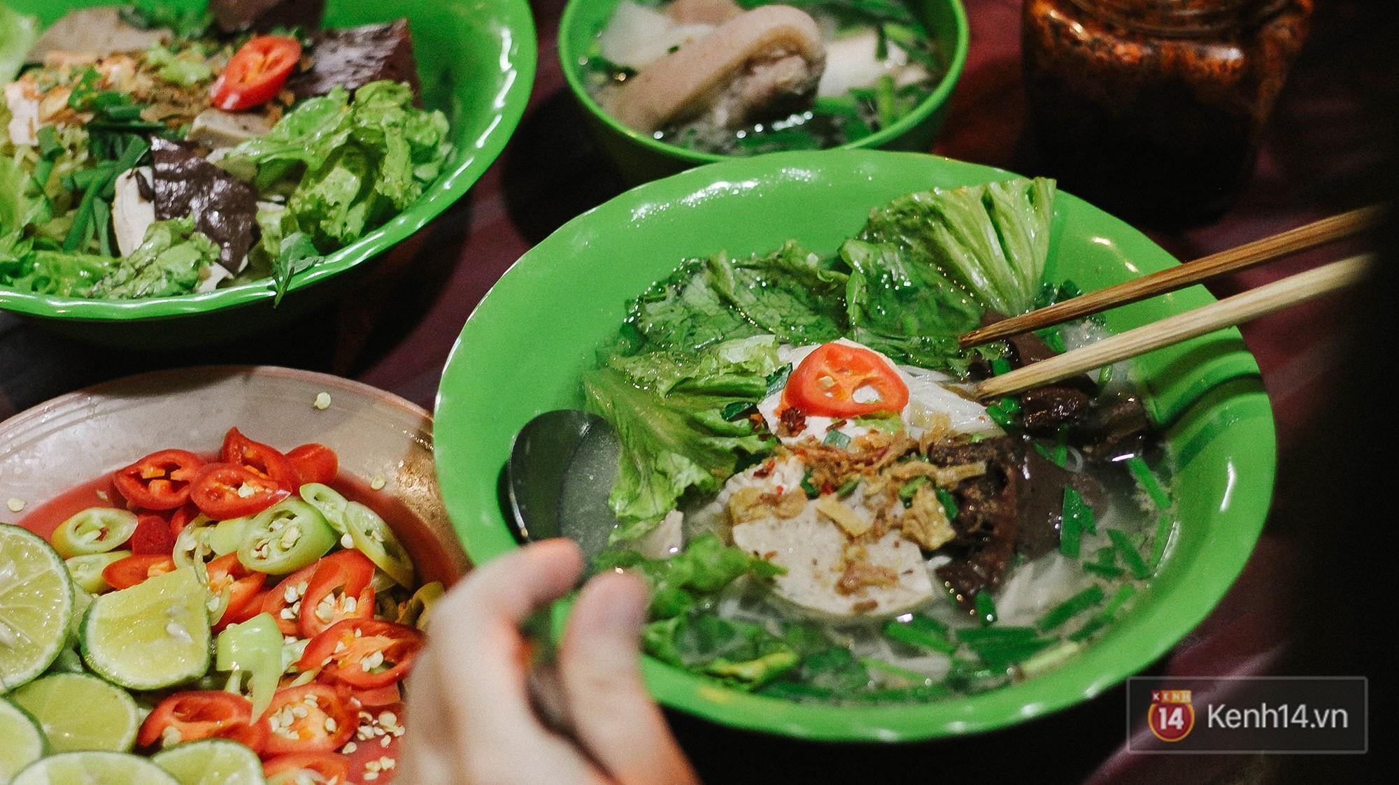 Hủ tiếu gõ: từ món ăn dành cho người nghèo đến một nét văn hoá đặc trưng của Sài Gòn hoa lệ - Ảnh 8.