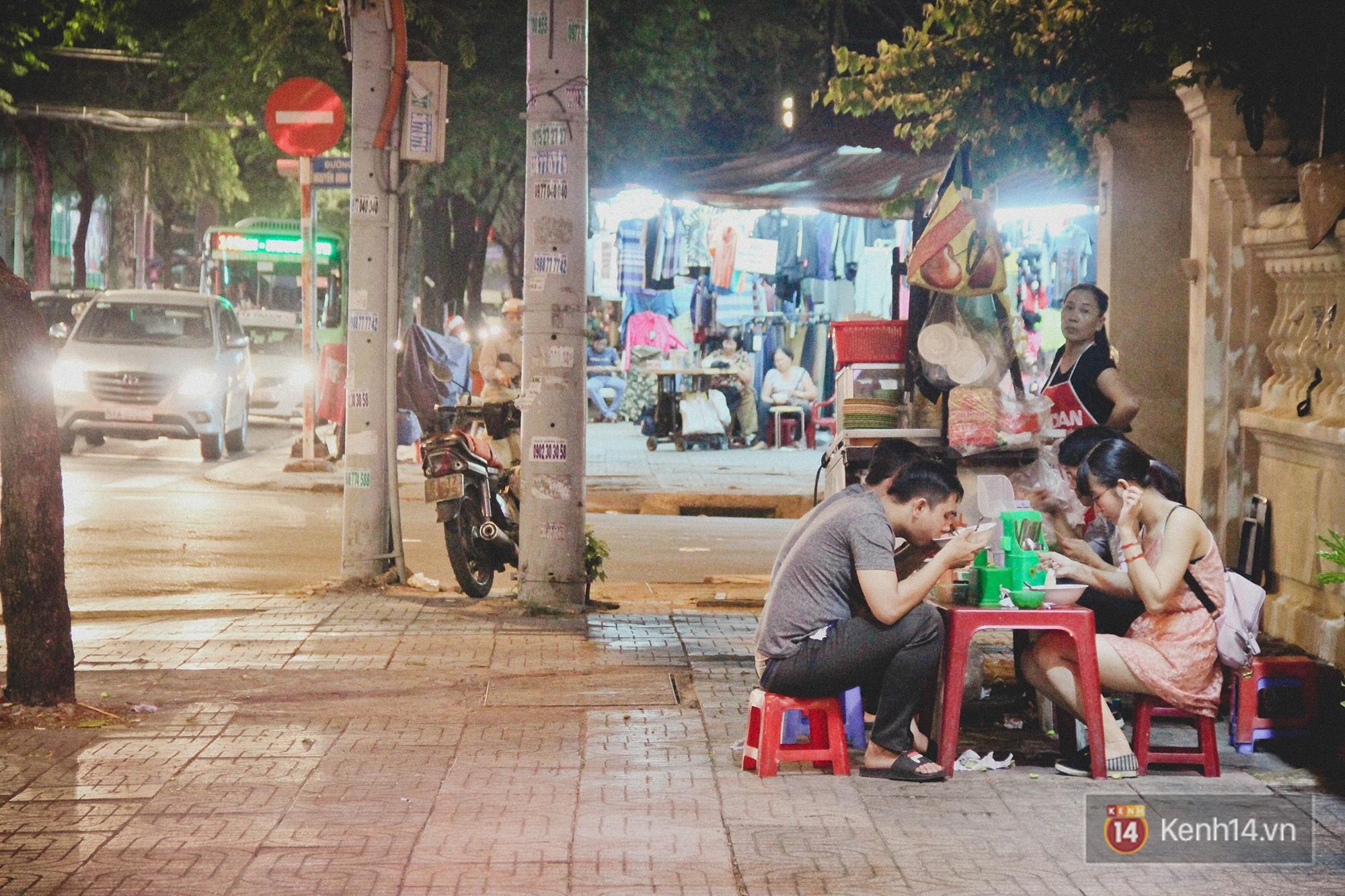 Hủ tiếu gõ: từ món ăn dành cho người nghèo đến một nét văn hoá đặc trưng của Sài Gòn hoa lệ - Ảnh 4.