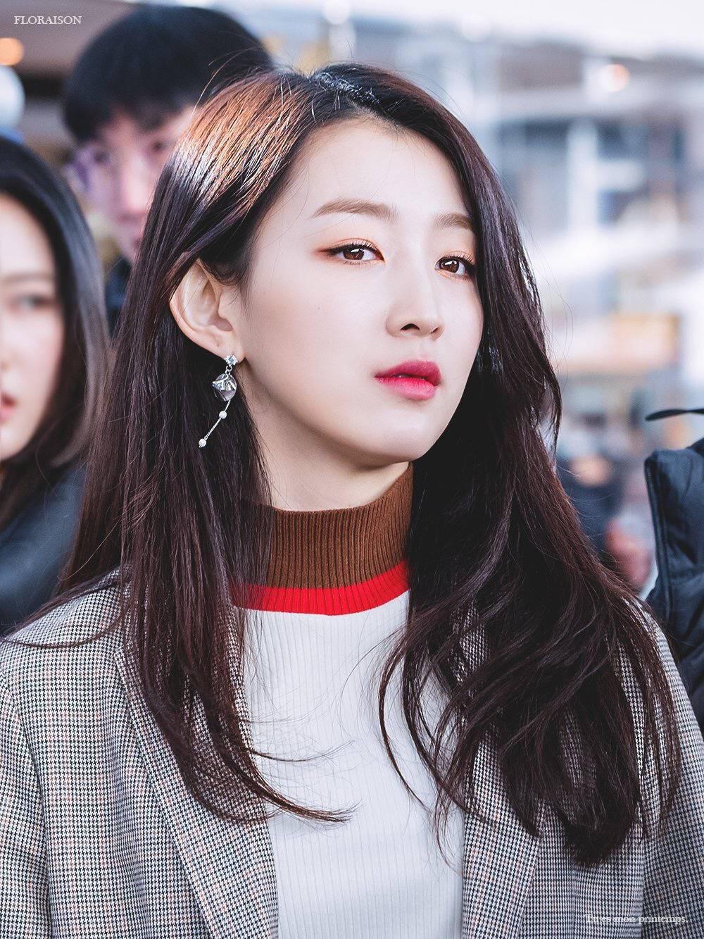 Khai quật hội trai xinh gái đẹp Kpop bị thờ ơ: Khi vận may không
