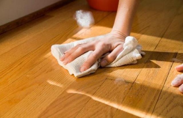Mẹo nhỏ giúp gia đình bạn và các đồ dùng trong nhà ''sống khỏe'' trong những ngày nồm ẩm - Ảnh 1.