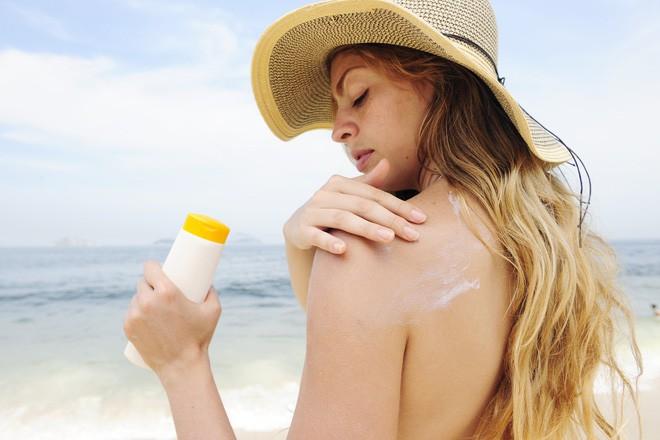 Sơ cứu bỏng đúng cách, tránh bị bỏng rát nhiều kèm sẹo xấu sau khi vết thương lành lặn - Ảnh 5.