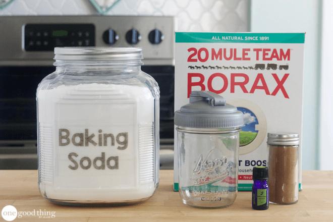 Mẹo hay khử mùi ẩm mốc từ thảm do trời nồm bằng nguyên liệu rẻ tiền, có sẵn trong bếp nhà bạn - Ảnh 3.