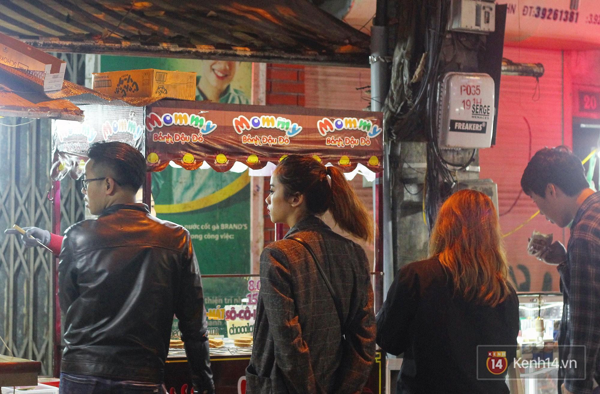 Người Đài Loan chia sẻ: phố đi bộ Hà Nội có bán món quà vặt quốc dân của Đài Loan ăn giống đến 95% - Ảnh 8.