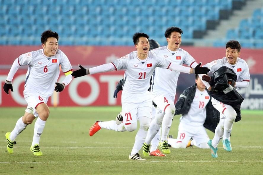 Đưa U23 đi khắp thế gian: fan bóng đá Việt ngọt ngào quá đi thôi! - Ảnh 2.