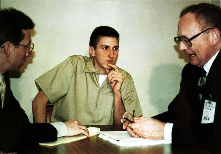 Những lời nói cuối cùng của các tử tù khét tiếng trên thế giới - Ảnh 3.
