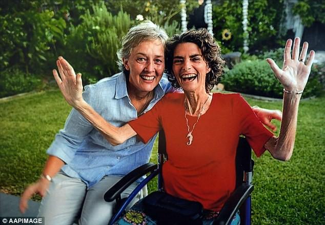Vừa cưới nhau được 48 ngày, bi kịch đau đớn đã ập đến với cặp đôi đồng tính kết hôn đầu tiên tại Úc - Ảnh 3.