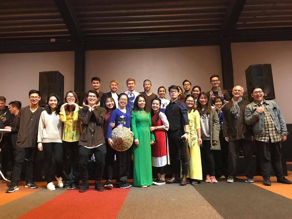 Du học sinh Việt hòa mình vào không khí chào năm mới khắp thế giới - Ảnh 22.
