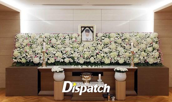 Xót xa hình ảnh tươi sáng của em trai Ha Ji Won trong di ảnh tại tang lễ hôm nay - Ảnh 1.