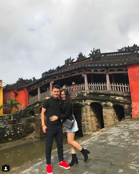 Loạt khoảnh khắc tình bể bình của Quang Hải và bạn gái xinh như hot girl - Ảnh 6.