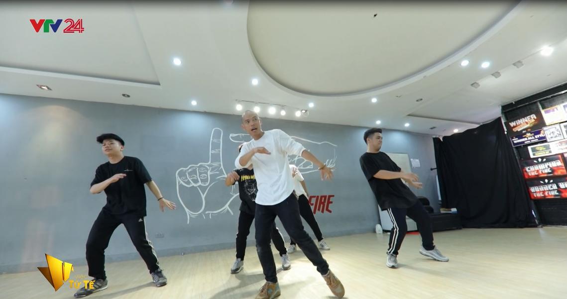 Chàng trai Hà Nội bỏ Đại học, đi khắp Đông Nam Á để dạy nhảy miễn phí cho trẻ em nghèo - Ảnh 3.