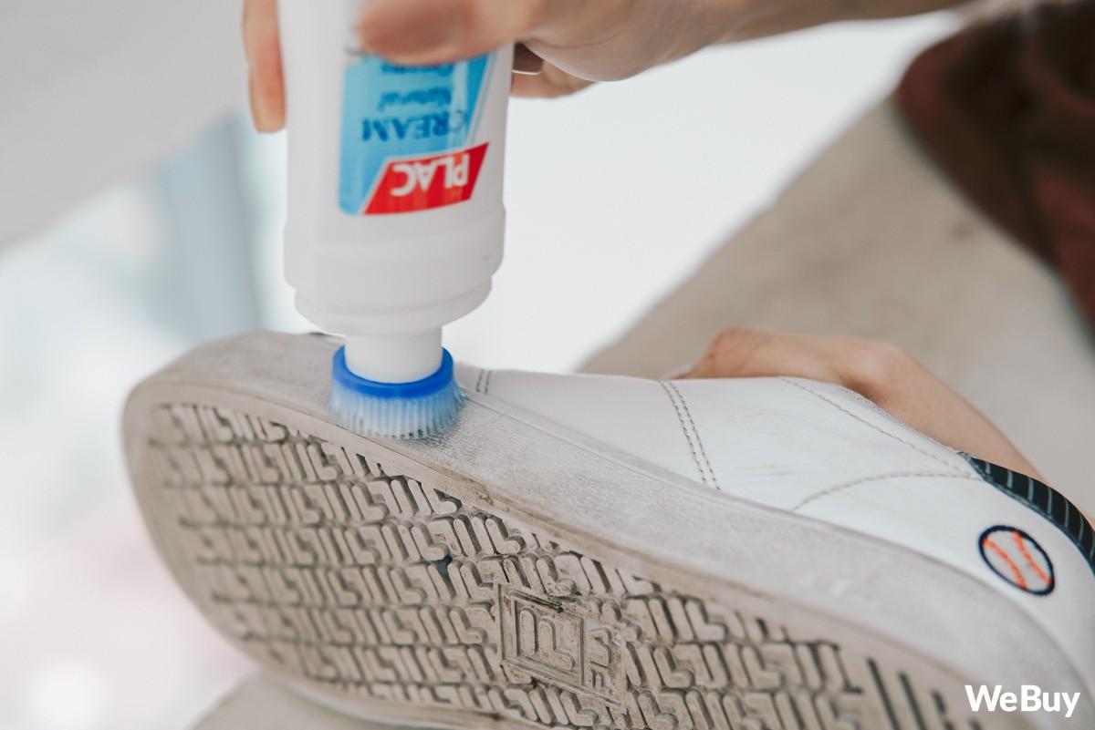 Cả thế giới ra mà xem, đến nước đánh giày bây giờ cũng làm theo kiểu cushion rồi này - Ảnh 8.