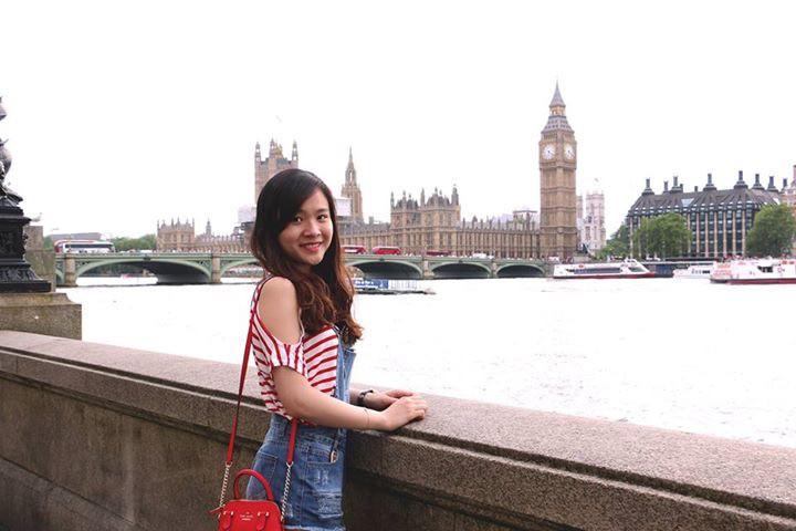 Fan nữ Việt xinh xắn dành cả thanh xuân để đi hết 14 sân vận động nổi tiếng ở châu Âu - Ảnh 3.