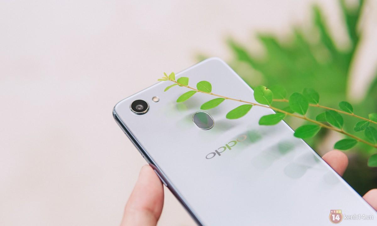Mở hộp OPPO F7 màu bạc lấp lánh: Selfie bằng AI cực đẹp, màn hình FullView kèm tai thỏ như iPhone X - Ảnh 12.