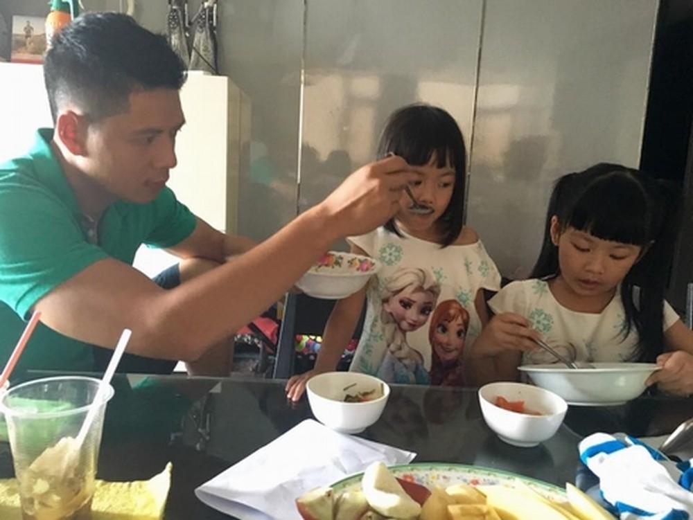 Sao nam Việt: Từng là soái ca sát gái hô biến thành ông bố bỉm sữa đảm đang - Ảnh 11.