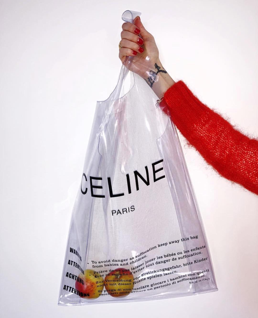 Trông hệt như túi nilon đi chợ nhưng túi nhựa trong có giá hơn 20 triệu của Celine đang được các tín đồ thời trang thích điên cuồng - Ảnh 2.