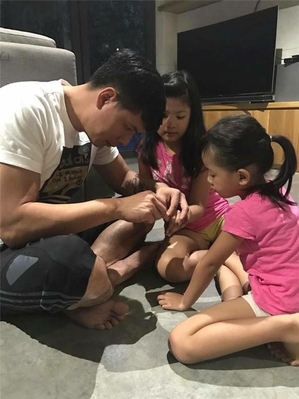 Sao nam Việt: Từng là soái ca sát gái hô biến thành ông bố bỉm sữa đảm đang - Ảnh 9.