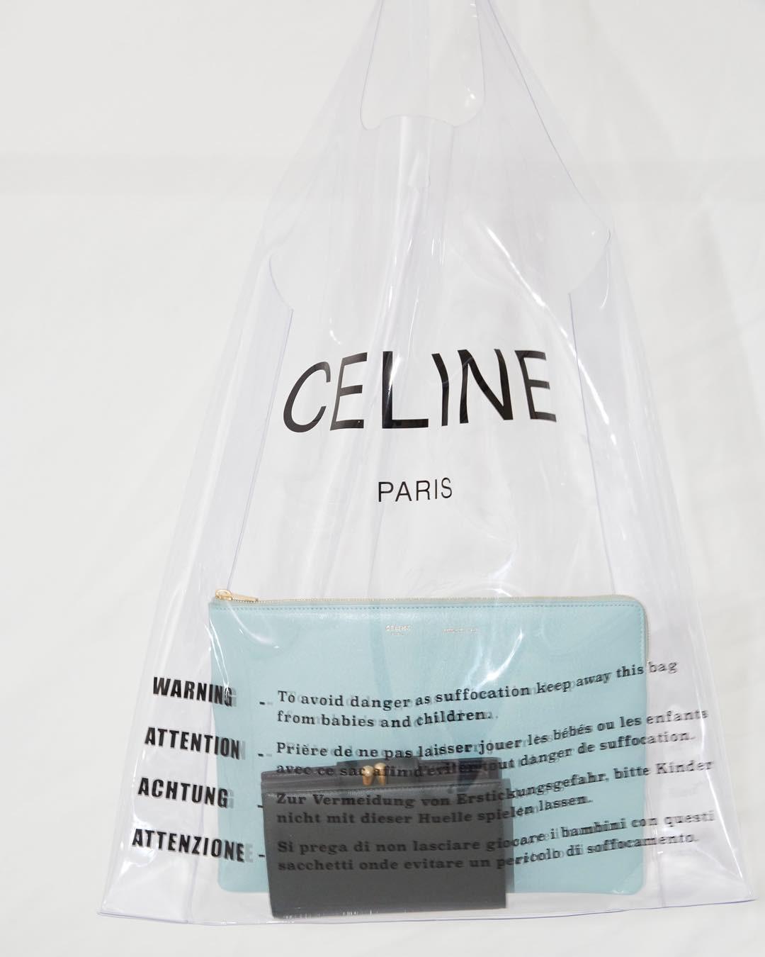 Trông hệt như túi nilon đi chợ nhưng túi nhựa trong có giá hơn 20 triệu của Celine đang được các tín đồ thời trang thích điên cuồng - Ảnh 3.
