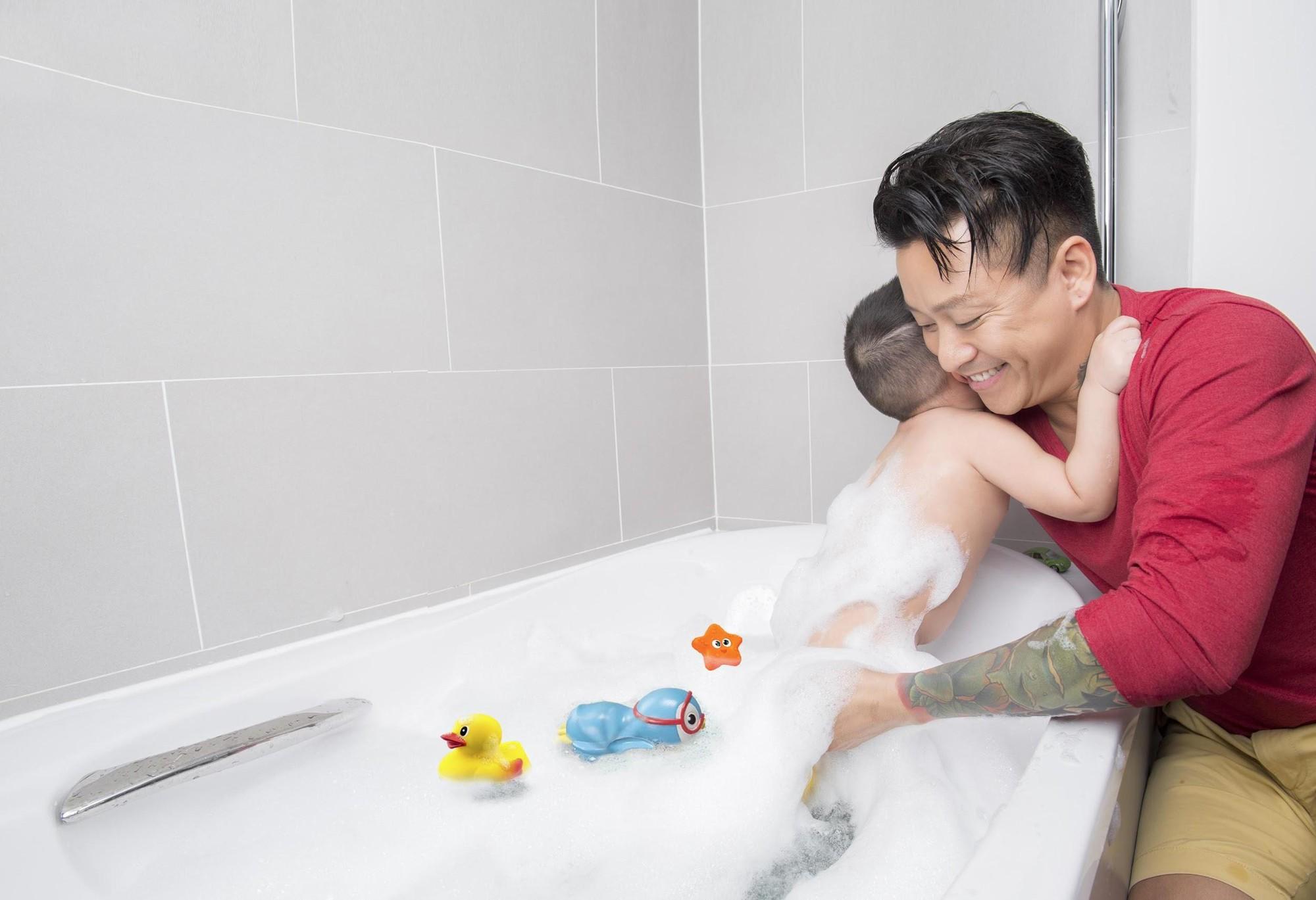 Sao nam Việt: Từng là soái ca sát gái hô biến thành ông bố bỉm sữa đảm đang - Ảnh 3.