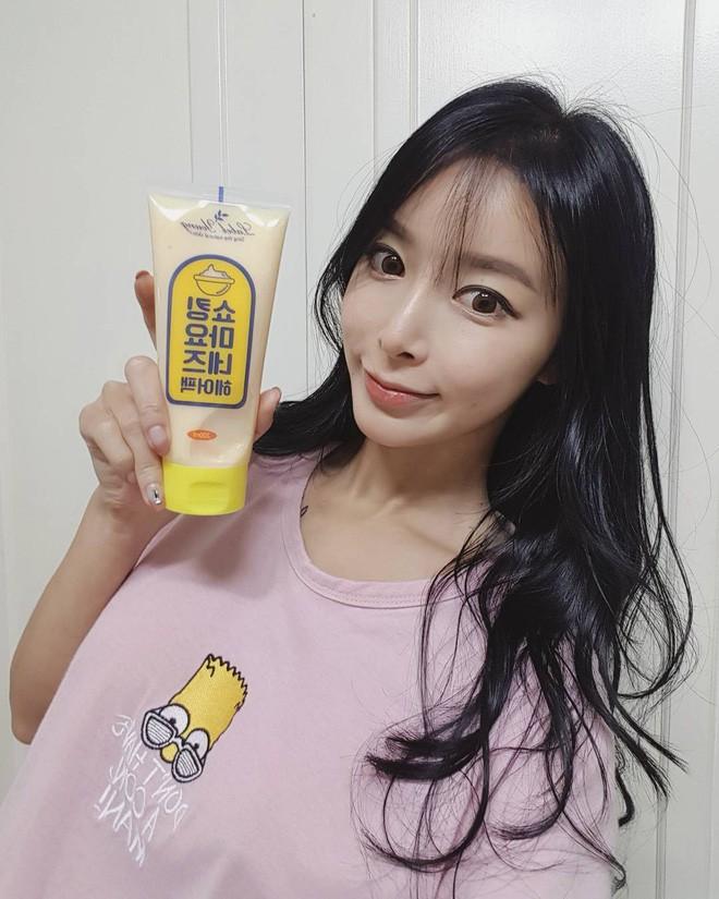 Không chỉ chăm sóc da, hội con gái Hàn Quốc còn thi nhau dùng 4 sản phẩm này để giúp tóc phồng mượt óng ả - Ảnh 17.