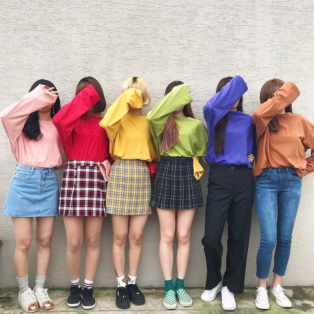 Chẳng cần đến đồ sang xịn, các idol Hàn vẫn tỏa sáng hết mức với 3 hãng thời trang nội địa giá phải chăng này - Ảnh 9.