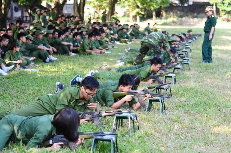 Học quân sự - những tháng ngày trải nghiệm không thể nào quên của cuộc đời sinh viên - Ảnh 5.