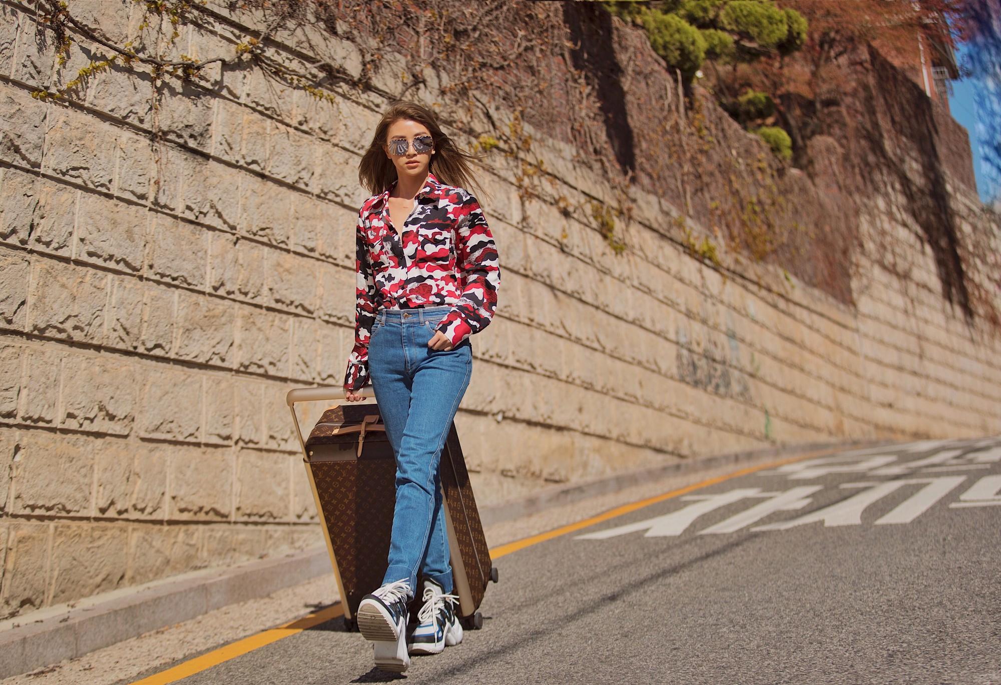 Vừa dứt kỳ nghỉ ở Mỹ, Quỳnh Anh Shyn đã bay thẳng qua Hàn ăn tối cùng Louis Vuitton - Ảnh 3.