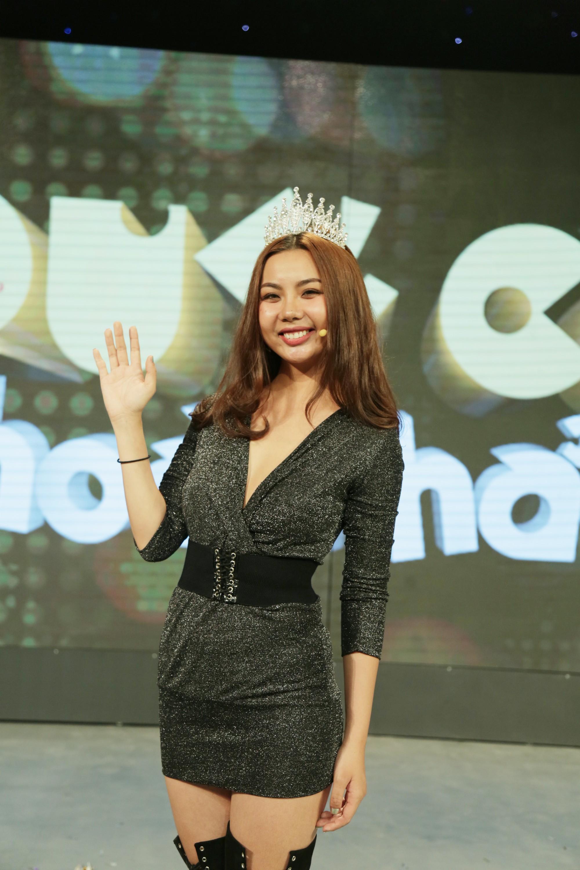 Lại Thanh Hương trở lại sau sự cố U23 Việt Nam, chiến thắng Quý cô hoàn hảo và giành 105 triệu đồng - Ảnh 8.