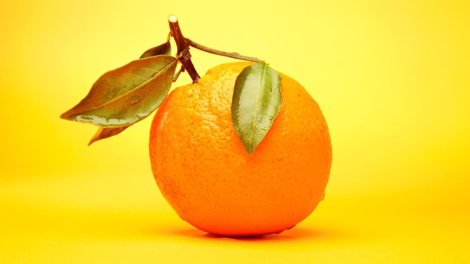 Hoang mang chẳng biết từ quả cam hay màu cam có trước? Câu trả lời đã được người Anh xác thực rồi đây - Ảnh 1.