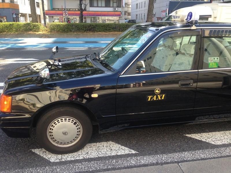 Ngoài mức cước đắt đỏ bậc nhất thế giới, văn hóa taxi tại Nhật Bản còn là ẩn số với rất nhiều người - Ảnh 2.