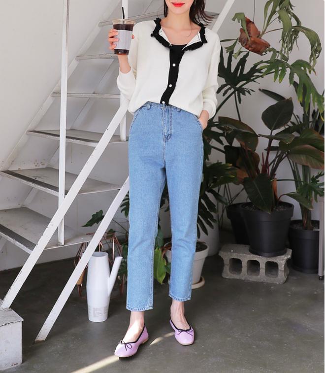 Định mặc quần jeans ống đứng, các nàng hãy chọn 1 trong 4 combo cứ lên đồ là đẹp miễn chê này - Ảnh 7.