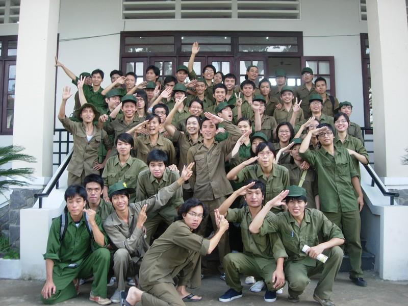 Học quân sự - những tháng ngày trải nghiệm không thể nào quên của cuộc đời sinh viên - Ảnh 4.
