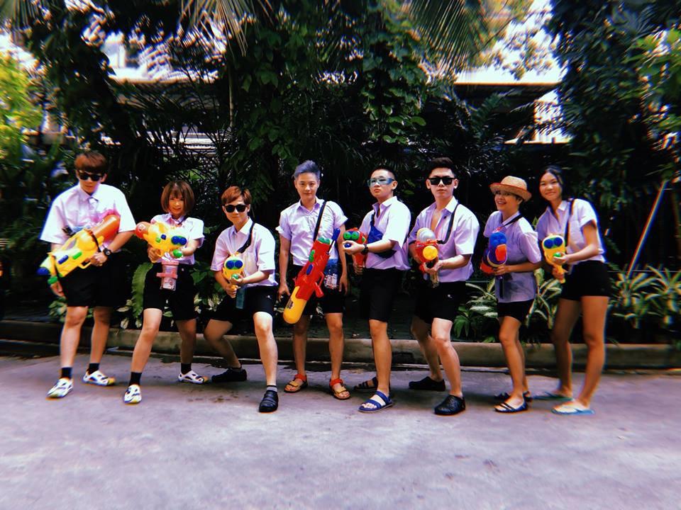 Kelvin Khánh - Khởi My, Nhã Phương và dàn sao Việt tưng bừng khoe ảnh sang Thái chơi Tết Songkran - Ảnh 1.