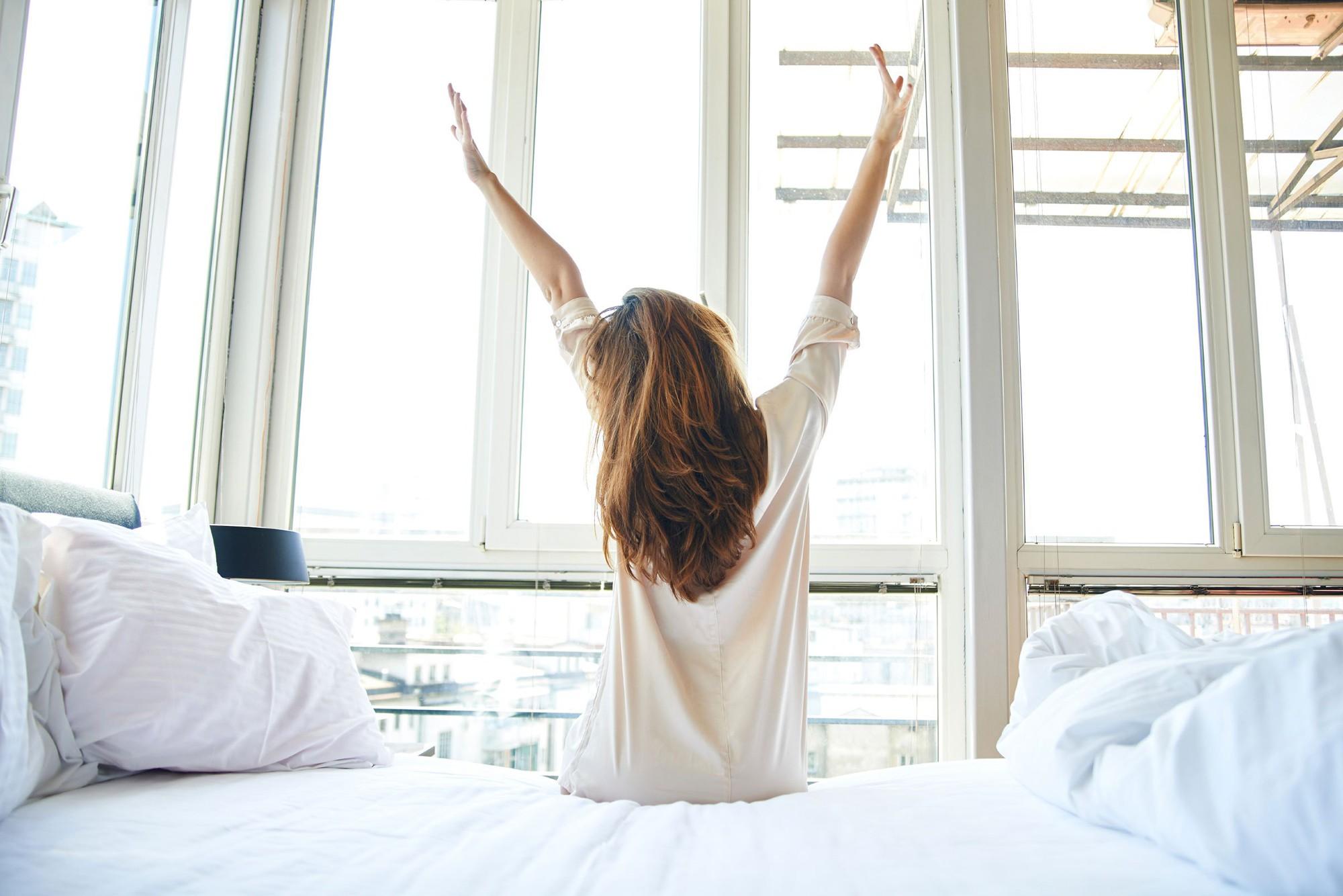 Bạn sẽ không còn thiếu động lực tập luyện mỗi sáng sớm nhờ những mẹo này - Ảnh 1.