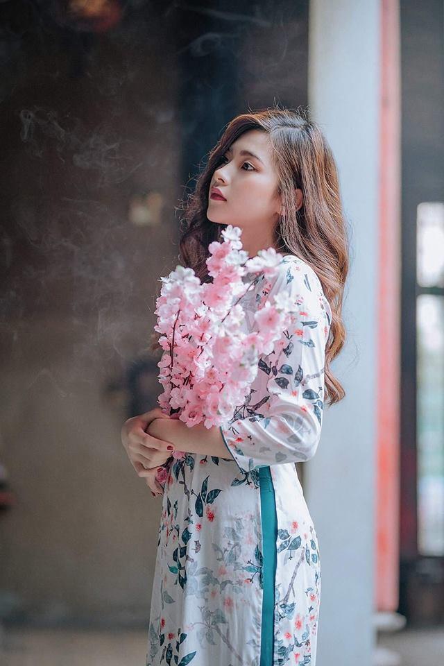 Nữ sinh ĐH Kinh Tế được mệnh danh là hot girl quân sự vì thoa kem chống nắng thôi cũng thần thái - Ảnh 7.