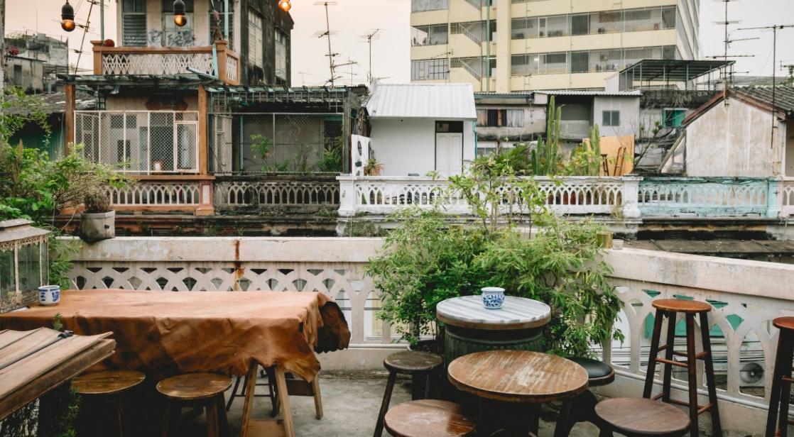 Loạt nhà hàng sang xịn ở Bangkok để ăn lấy sức trước khi bước vào trận chiến té nước Songkran - Ảnh 8.